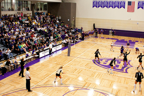 The Tommies began their home volleyball season in the new Schoenecker Arena, in the Anderson Athletic and Recreation Complex, on Sept. 15, with a loss to St. Olaf (pictured here), and wrapped up its play in the arena for 2010 against the same St. Olaf team. But this time the Tommies won to advance to the national tournament. / <i>Photo by Tom Whisenand</i>