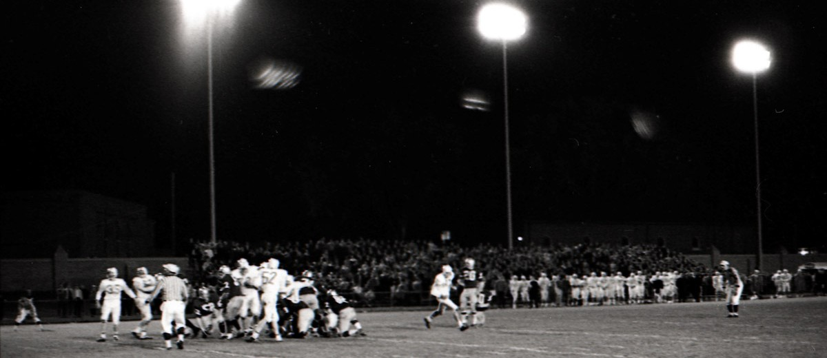 The 1967 game saw a 13-2 win for the Tommies in O'Shaughnessy Stadium. The important thing here is to note that the game was played at night.