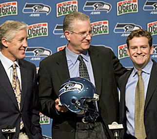 John Schneider (right)