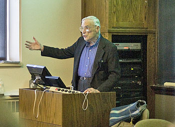 Ian Barbour lecturing at Carleton College on the relationship between religion and science. (Photo by Kate Trenerry, courtesy of Carleton College.)