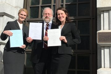 From left, law student Bridget Duffus, Professor Gregory Sisk and law student Katherine Koehler at the U.S. Court of Appeals for the Ninth Circuit in San Francisco.