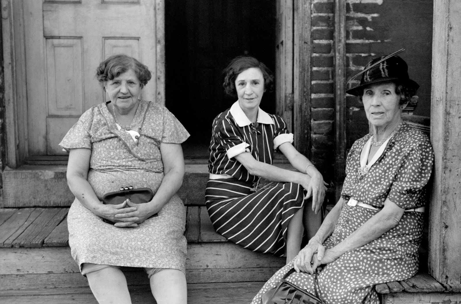 Ladies who live in a rooming house, St. Paul, Minnesota, September 1939