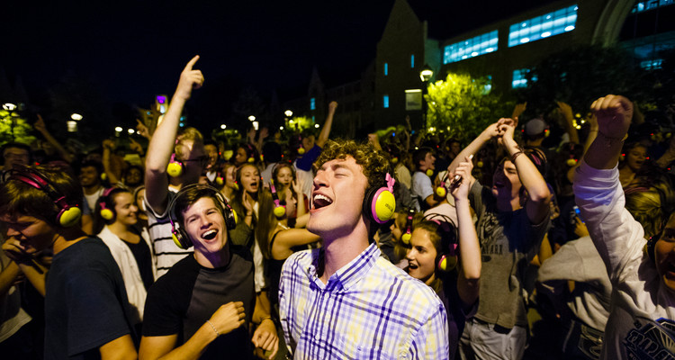 Students dance during headphone disco September 3, 2016 on the John P. Monahan Plaza.