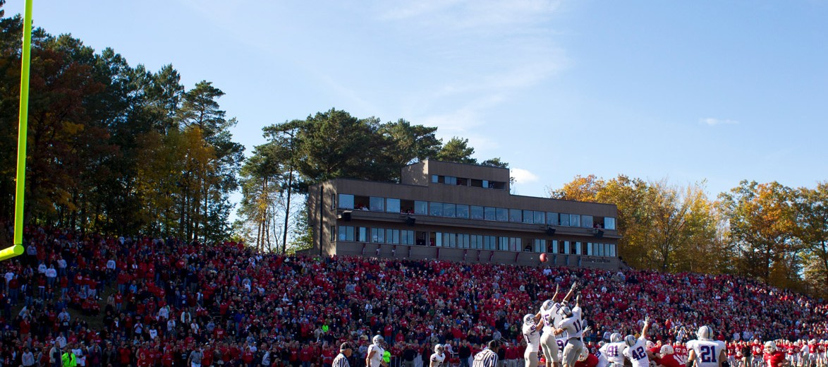 2010. Overtime at Saint John's. The Johnnies miss an extra point and St. Thomas snaps a 12-year losing streak, taking the game 27-26. (Photo by Thomas Whisenand)