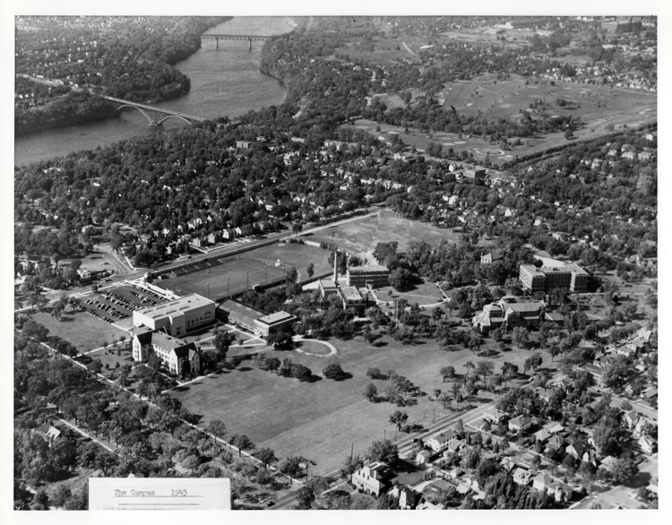 The campus in 1943.