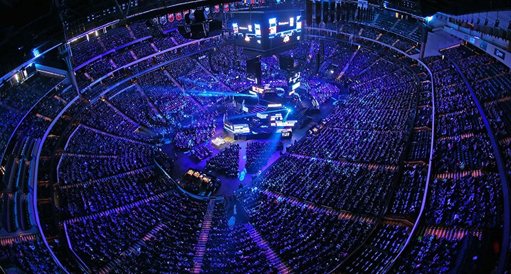 18,000 students and educators pack the Xcel Energy Center on November 3, 2015 for WE Day Minnesota. Photo Credit: Adam Bettcher/ Getty Images for WE Day